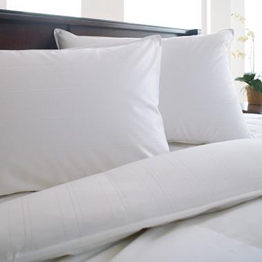Eddie Bauer Hypoallergenic Down Blend Pillow - 300 TC - King