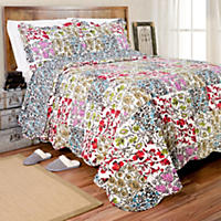Vintage Collection Olivia Quilt Set (Various Sizes)