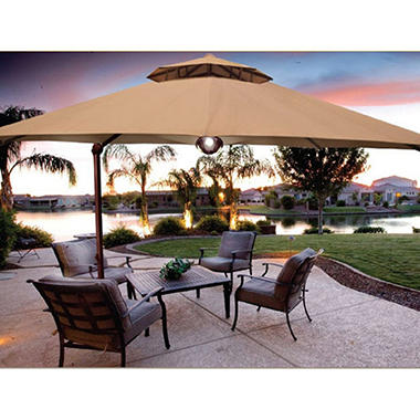 Cantilever Umbrella - 11'