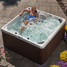 Everlast™  South Hampton 28 Jet Spa