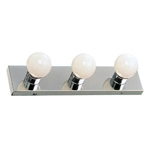 Hardware House 3-Light Bath/Wall Strip - Chrome