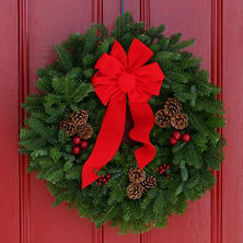 "Worcester Wreath Co. 24"" Classic Wreath"