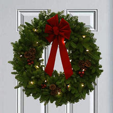 "Worcester Wreath Co. Classic Pre-Lit 24"" Wreath"