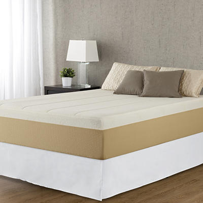 "Night Therapy 14"" Deluxe Grand Memory Foam Mattress & Bed Frame Set - Cal King"