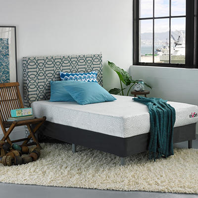 "Vivon 9"" Gel Memory Foam Mattress with Vivon Riser Set - Full"