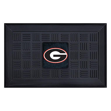 NCAA University of Georgia Medallion Door Mat - 19