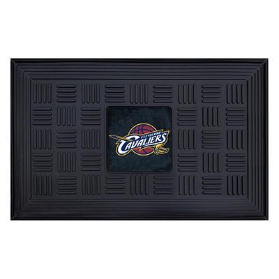 "NBA Cleveland Cavaliers Medallion Door Mat - 19"" x 30"""