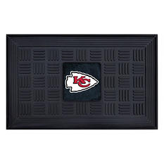 "NFL Kansas City Chiefs Medallion Door Mat - 19"" x 30"""