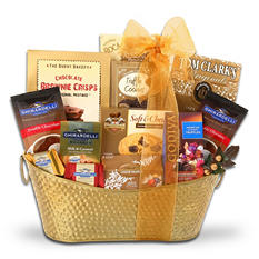 Alder Creek Classic Holiday Gift Basket