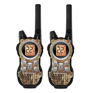 Motorola 2-Way Radio with 35 Mile Range - Realtree AP HD - Camo Pattern