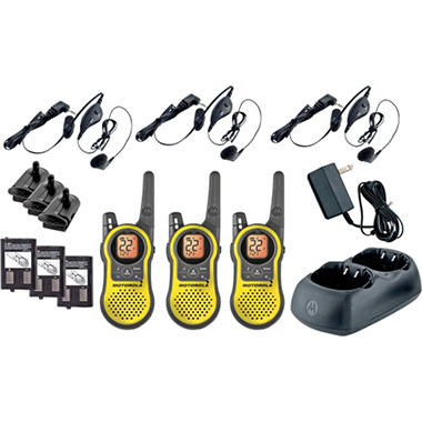 Motorola Tough and Light Giant 2-Way Radio 3 Pack