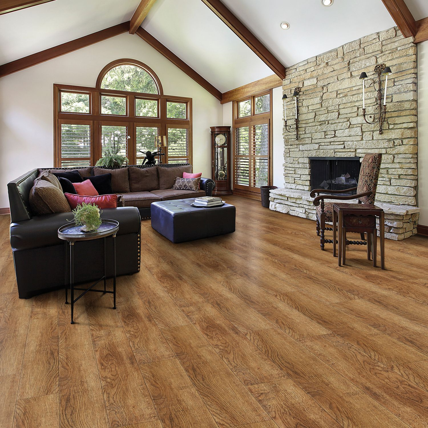 Select surfaces click laminate flooring toffee for Flooring surfaces