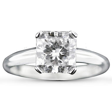 1.30 CT . Radiant & Trapezoid Diamond Ring (I, I1)