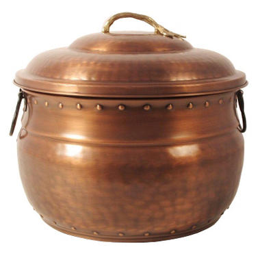 Metal Hose Pot with Hand Hammered & Solid Brass Handle on Top Lid