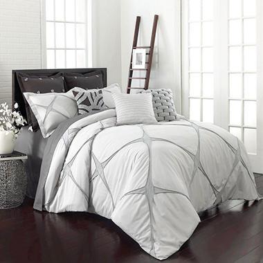Vue Cersei Comforter Set Various Sizes  14303BEDDTWNCRM