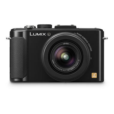 Panasonic DMC-LX7 Digital Camera Bundle