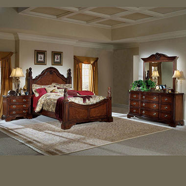 Williamsburg Bed Set - King - 4 pc.
