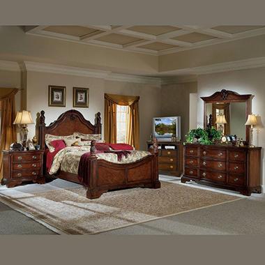 Williamsburg Bed Set - King - 5 pc.