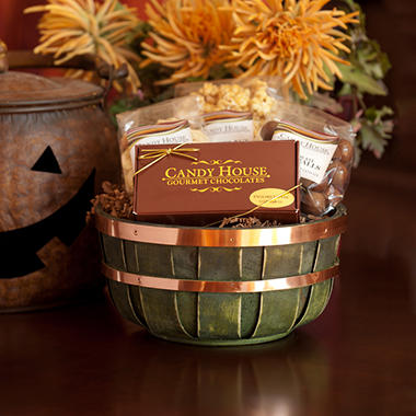 "Candy House ""Sweet & Salty"" Gourmet Snack Basket"