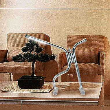 Challenge to Max LED Desk/Table Lamp