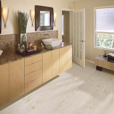 Traditional Living� Premium Laminate Flooring - White Pine; 8MM + 2MM Underlayment Thick - 1PK