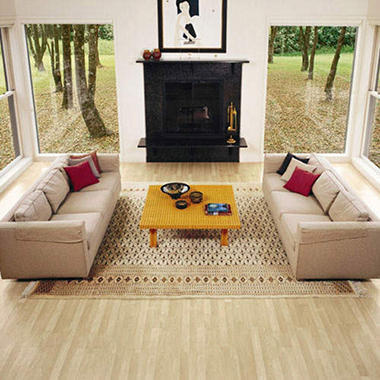 Traditional Living�  Premium Laminate ? Northern Maple; 10mm thick ? 36 pk.