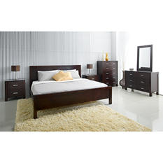 Hunington 6-Piece Bedroom Set - Queen or King