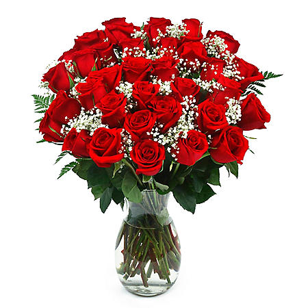 Classic Red Rose Bouquet (Choose with or without vase)