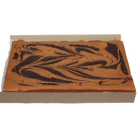 Case Sale: 1/2 Sheet Uniced Marble Cake Layers (4 ct.)