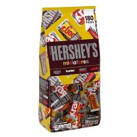 Hershey's Miniatures Assorted Chocolate Candy, Halloween Candy Bag (56 oz., 180 pc.)