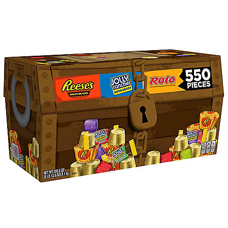 Hershey's Halloween Chocolate and Sweets Candy Assortment (109.61oz)