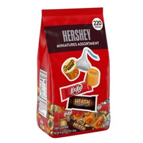 Hershey Assorted Chocolate Miniatures Candy Bulk Bag (55 oz., 220 pcs.)