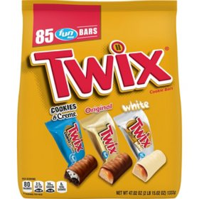 Twix Fun Size Halloween Bulk Variety Pack (85 ct.)