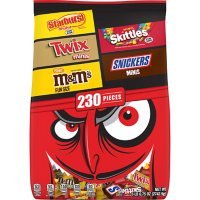 M&M's, Snickers, Skittles and More Bulk Halloween Candy Variety Pack (96.75 oz., 230 ct.)