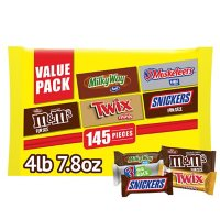 M&M's, Twix, Snickers and More Bulk Halloween Candy Variety (71.8 oz., 145 ct.)