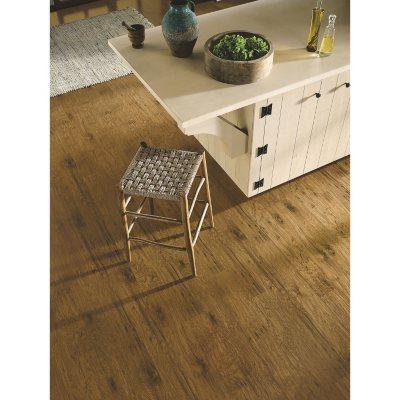 Laminate Flooring Sam S Club   Traditional Living Golden Amber Oak Premium  Laminate Flooring