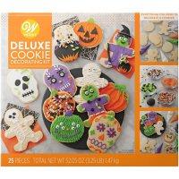 Wilton Deluxe Halloween Cookie Decorating Kit (12 ct.)