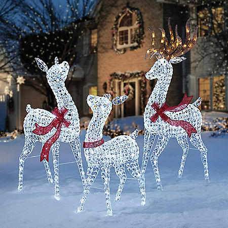Member's Mark Crystal-Beaded Twinkling Deer Family, Set of 3