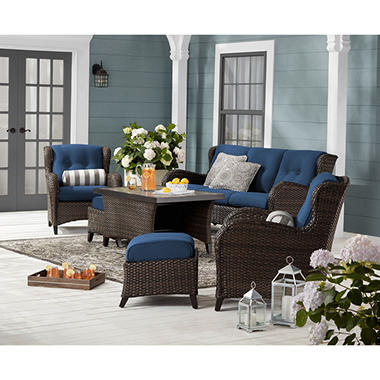 Featured Patio Furniture