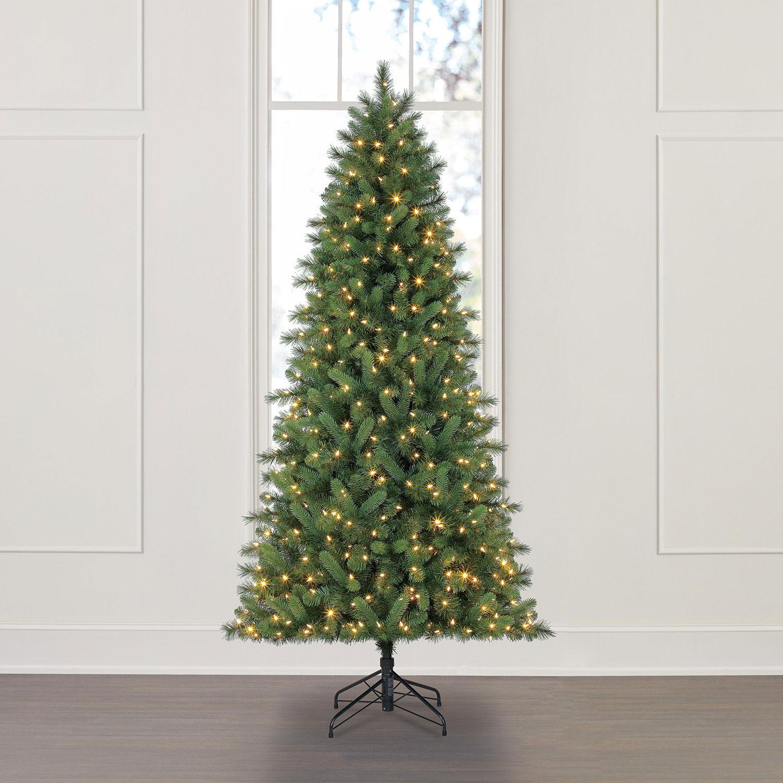 Member's Mark 7.5′ Color-Changing Virginia Pine Christmas Tree