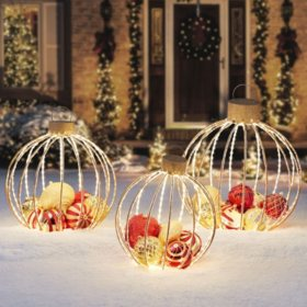Member's Mark 3-Piece Pre-Lit Twinkling Ornament Decor (Red and Gold)