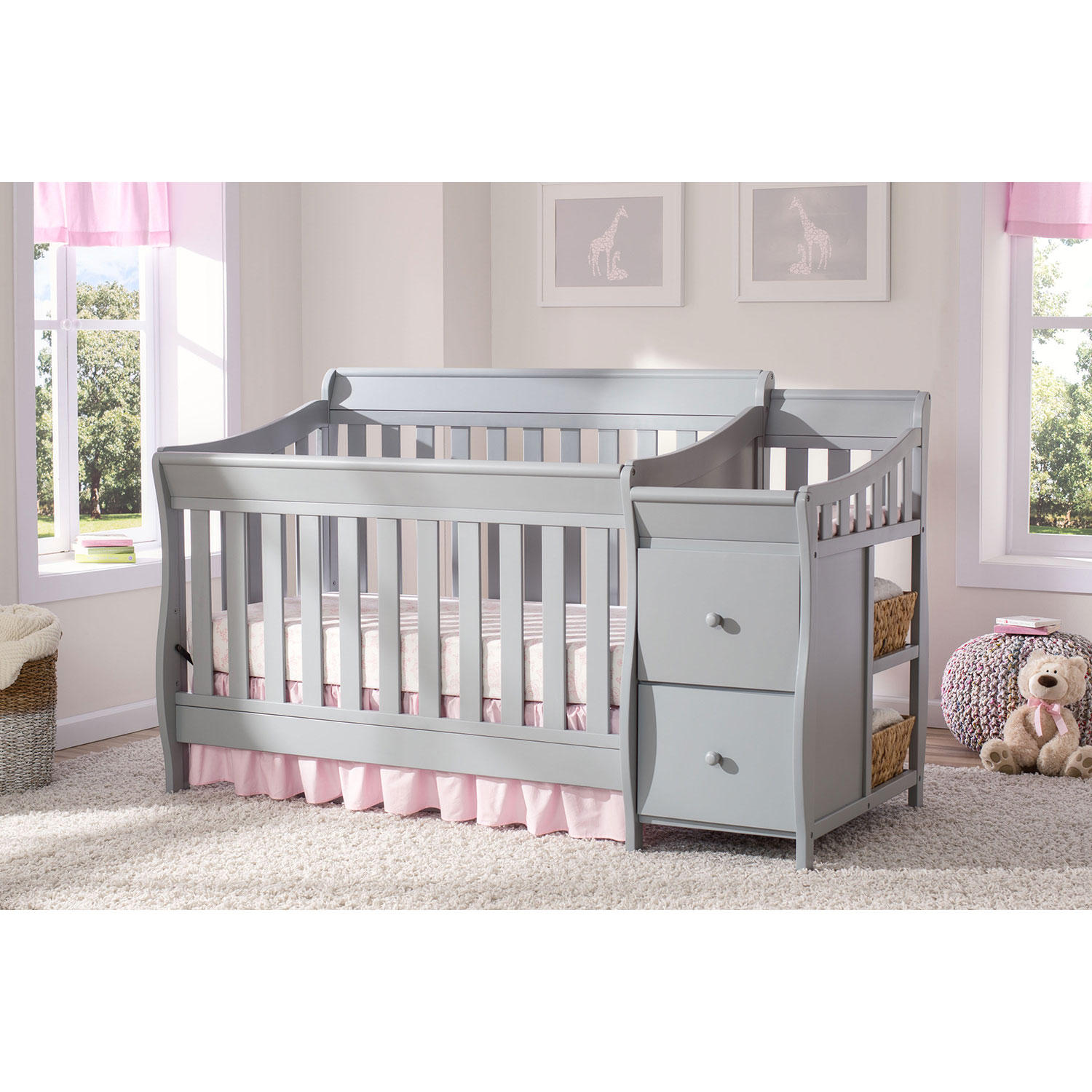Delta Children Bentley Convertible Crib 'N' Changer,