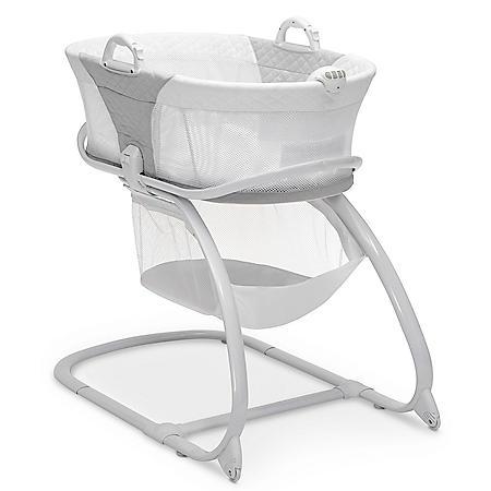 Delta Children 2-in-1 Moses Basket Bedside Bassinet Sleeper, Gray