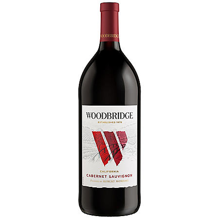 Woodbridge by Robert Mondavi Cabernet Sauvignon Red Wine (1.5 L)