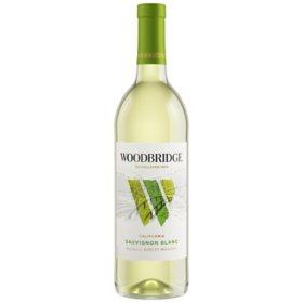 Woodbridge by Robert Mondavi Sauvignon Blanc (750 ml)