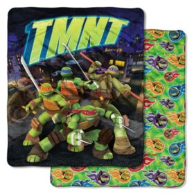 "Nickelodeon's Teenage Mutant Ninja Turtles ""City Slick"" Double-Sided Cloud Throw, 60"" x 70"""