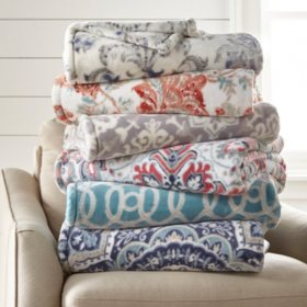 Member's Mark Lounge Throw (Assorted Colors)
