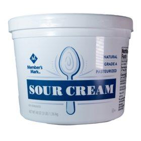 Member's Mark Grade A Sour Cream (48 oz.)