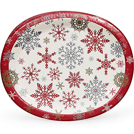 Member's Mark Holiday Snowflakes Oval Paper Plates - 55 ct.