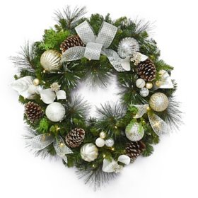 "Member's Mark 32"" Pre-Lit Decorative Silver Wreath"